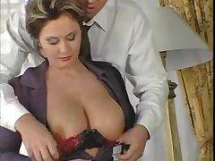 Потрясный секс парня и его грудастой подружки