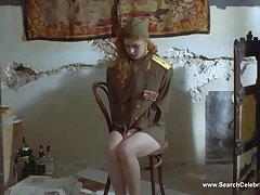 Голая красотка Амалия Мордвинова
